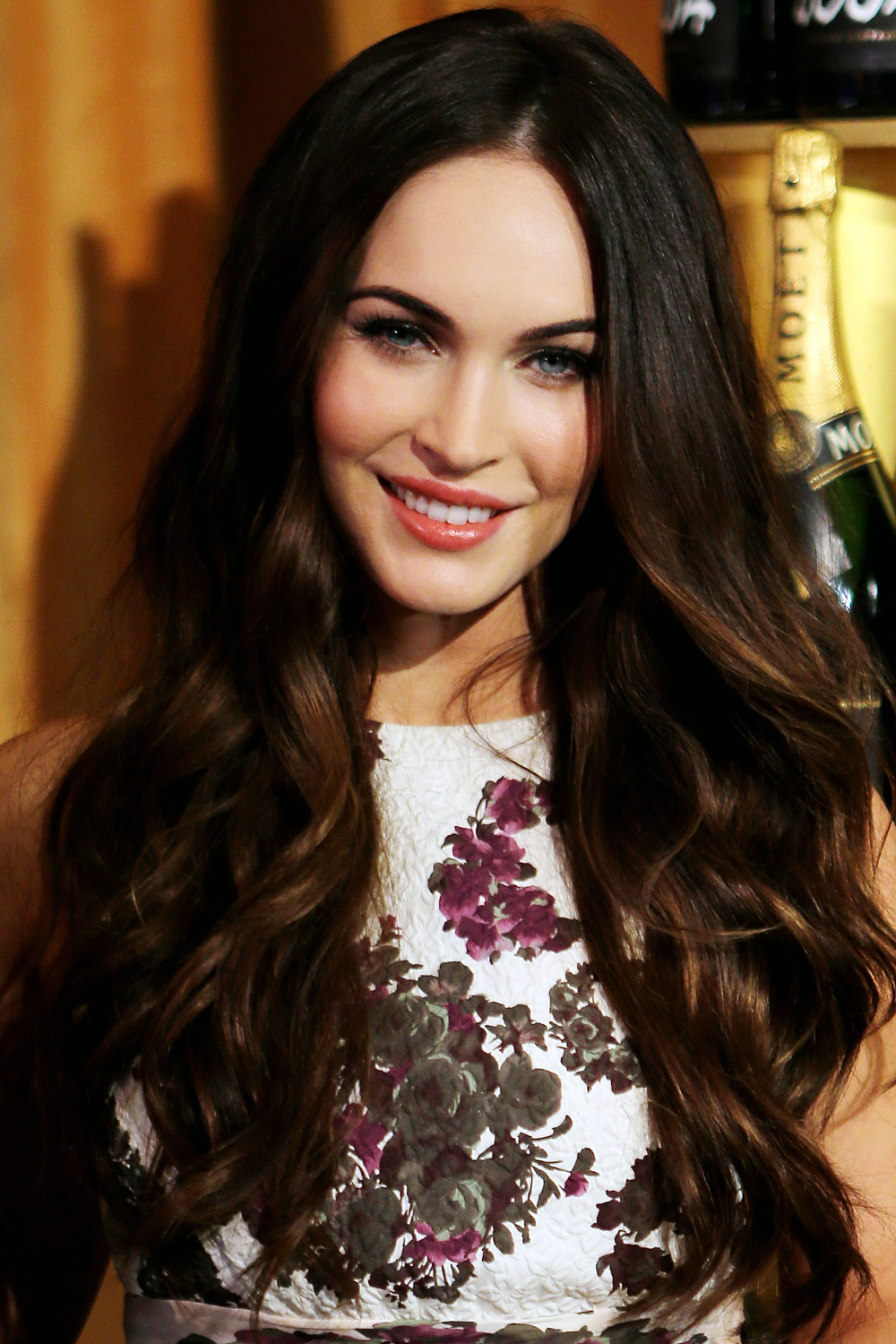 women 39 s hairstyle ideas megan fox page 4 hair. Black Bedroom Furniture Sets. Home Design Ideas