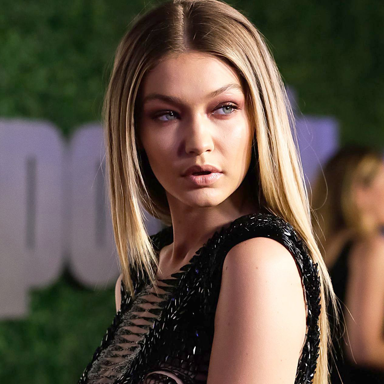 Gigi Hadid On Lip Sync Battle Video: Gigi Hadid's Lip Sync Battle Performance Features The